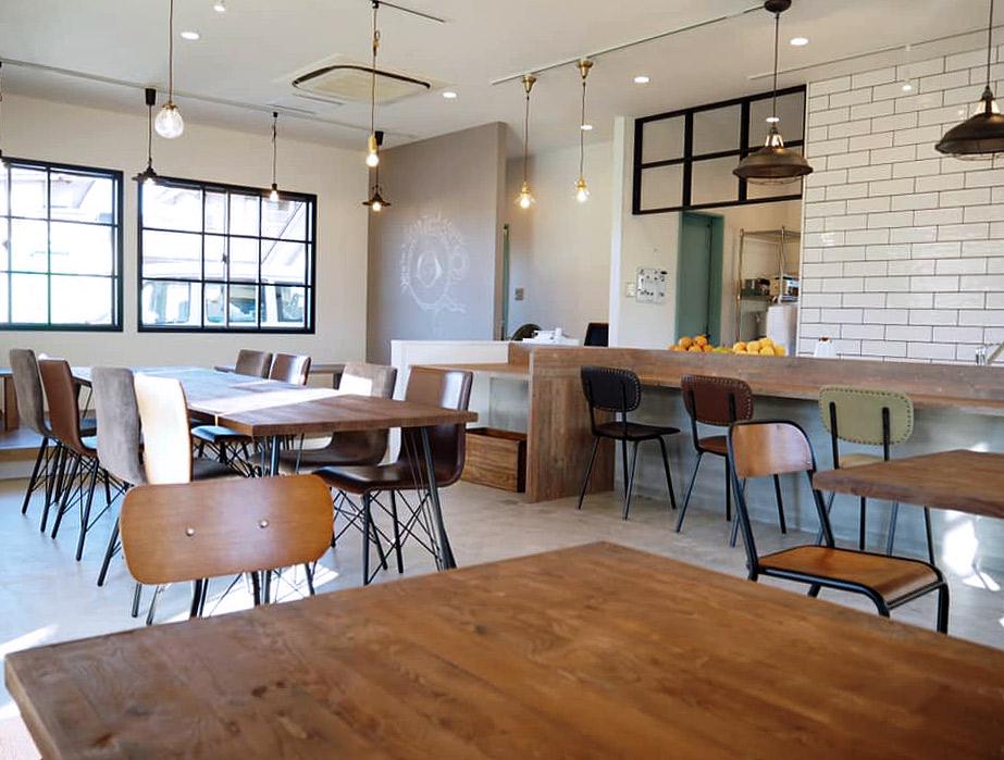 CRASHGATE仙台店家具納品事例:ニコル食堂様写真1