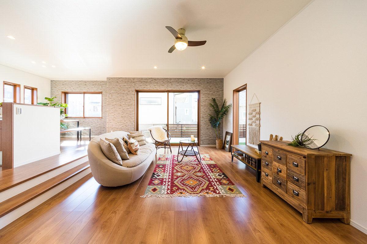 クラッシュゲート自由が丘店の家具インテリア納品事例:千葉県モデルハウス写真003