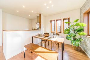 クラッシュゲート自由が丘店の家具インテリア納品事例:千葉県モデルハウス写真006