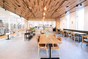 クラッシュゲート仙台店家具インテリア納品事例:カフェ「& mark café」納品写真001