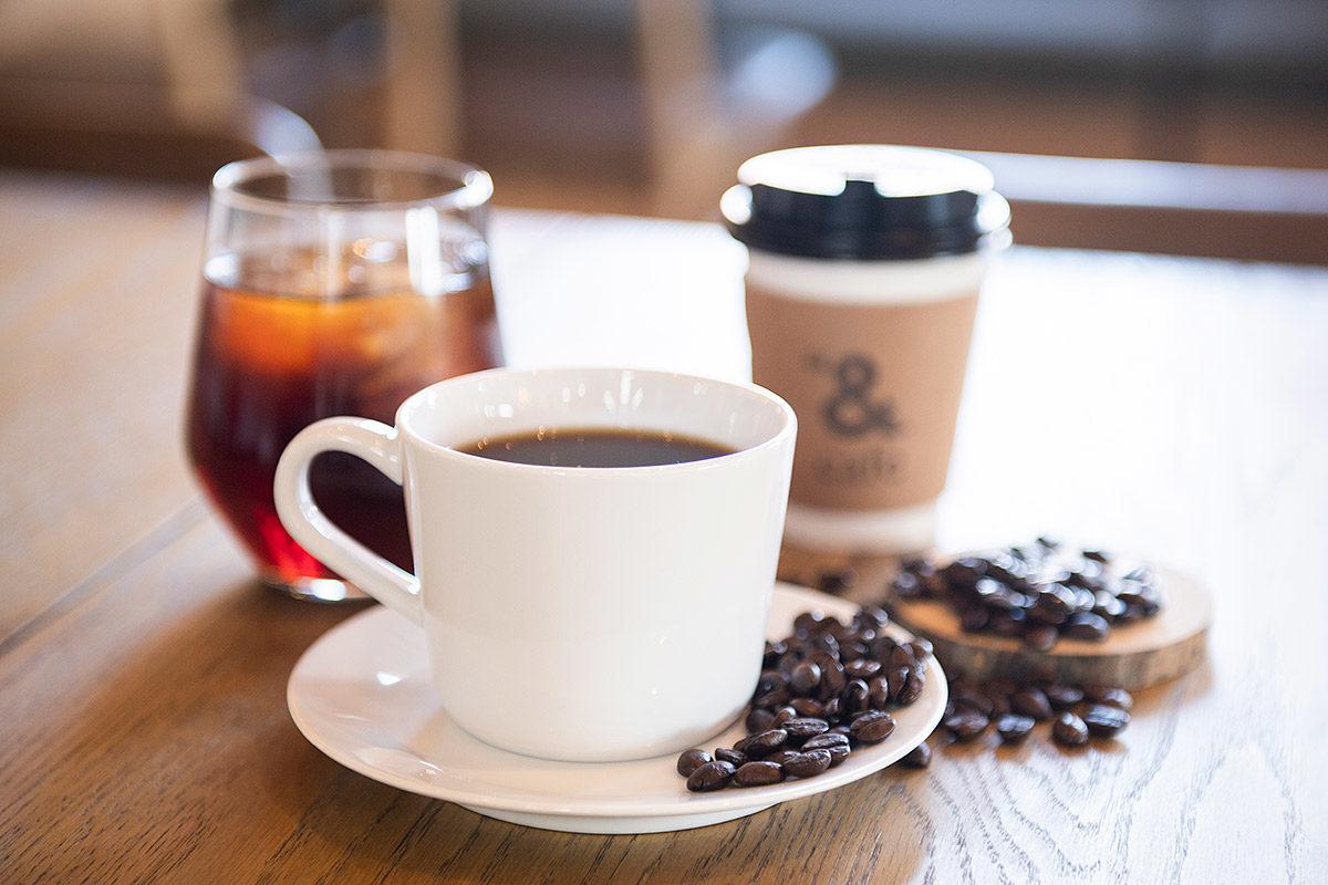 クラッシュゲート仙台店家具インテリア納品事例:カフェ「& mark café」納品写真004