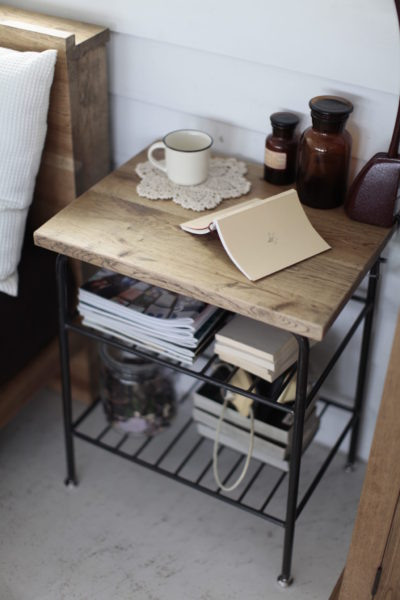 2011_knot antiques